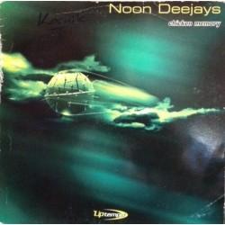 Noon Deejays – Chicken Memory