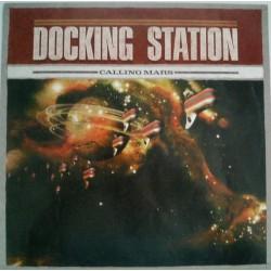 Docking Station – Calling Mars