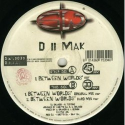 D II Mak – Between Worlds