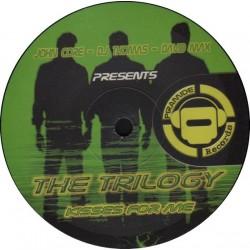 John-Core, DJ Thomas , DJ David Max Presents The Trilogy - Kisses For Me(Temazo Piramide¡¡)