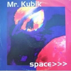 Mr. Kubik – Space (2 MANO,BASES RFEMEMBER)