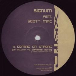 Signum Feat. Scott Mac – Coming On Strong (The Remixes) (2 MANO,COMO NUEVO¡¡)
