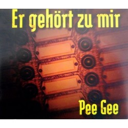 Pee Gee  – Er Gehört Zu Mir (2 MANO,MAKINA REMEMBER DEL 96¡)